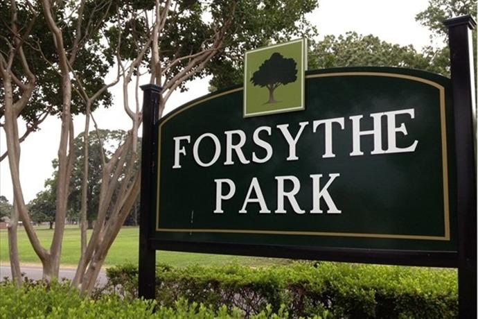 forsythe park_-8935184970155798742