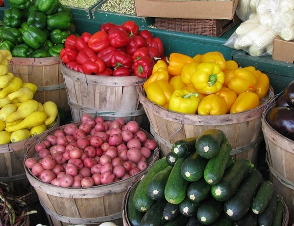 farmers market_-8329144279995824727