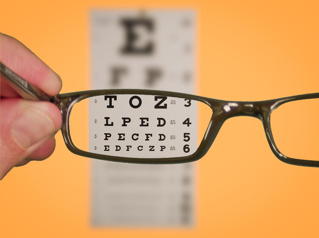 eyeglasses_1486583255680.jpg