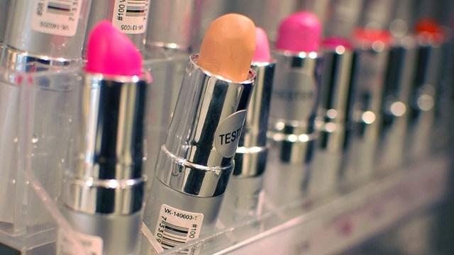 lipstick_1532617782739.jpg
