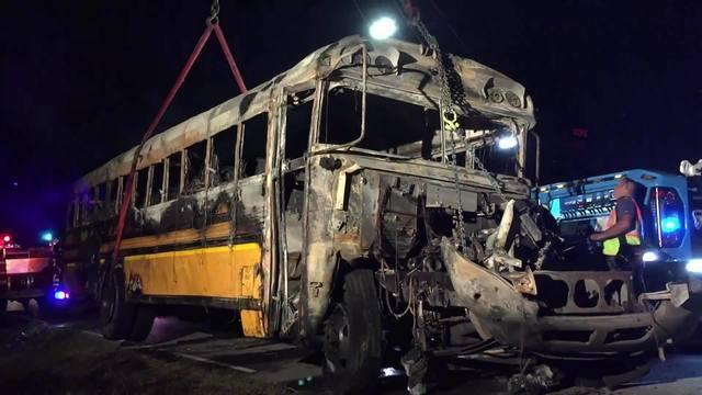 Newton_County__MO_Deadly_Bus_Crash_0_57879880_ver1.0_640_360_1538679631961_57885326_ver1.0_640_360_1538699322104.jpg