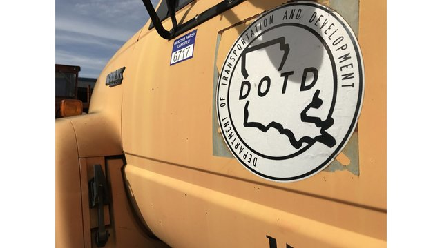 LA DOTD truck_1548666686604.jpg.jpg