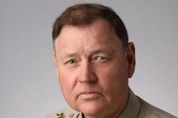 sheriff mike stone_9005940508541340345