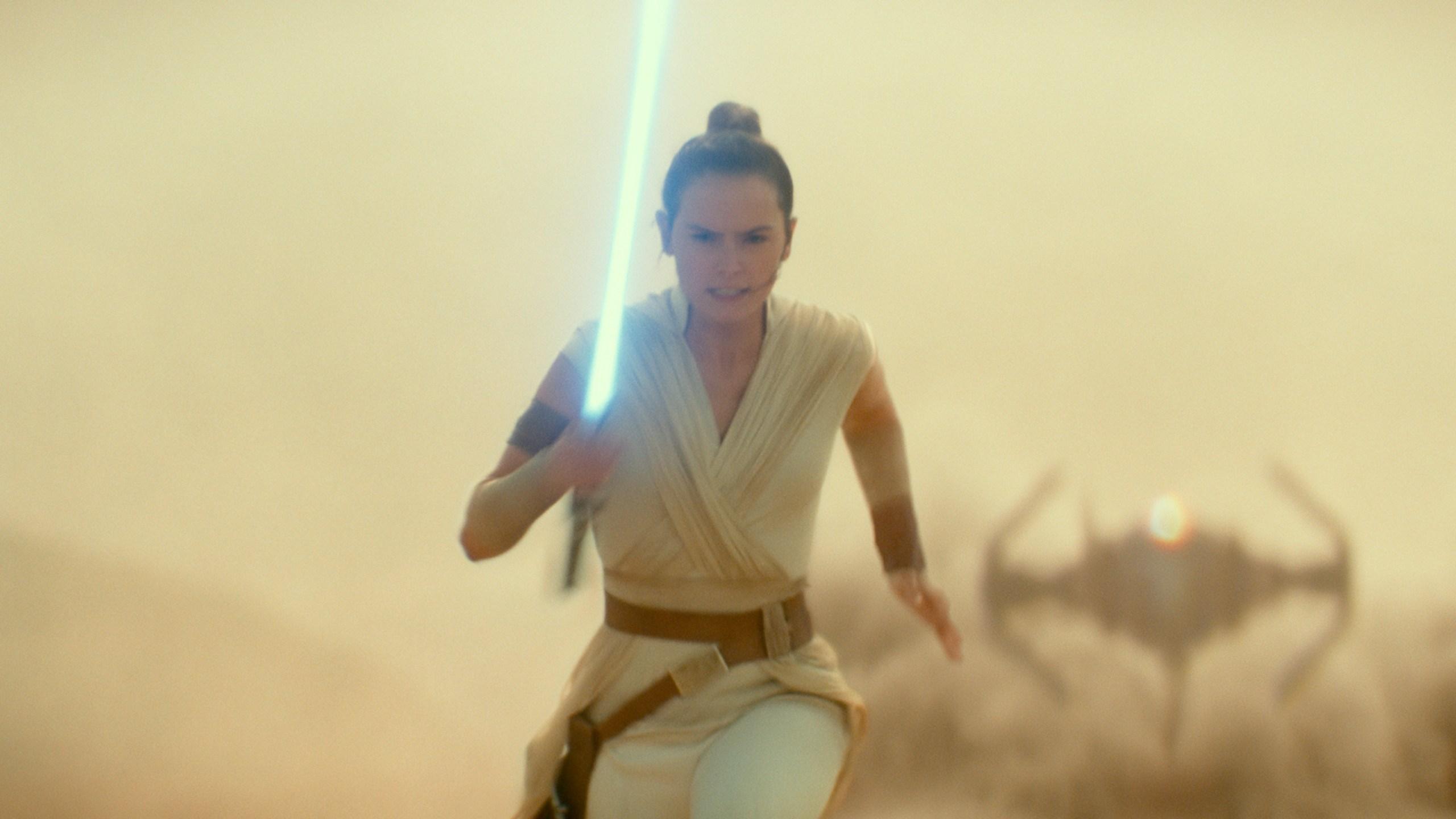 -Star Wars Celebration-Episode IX Panel_1555094925815