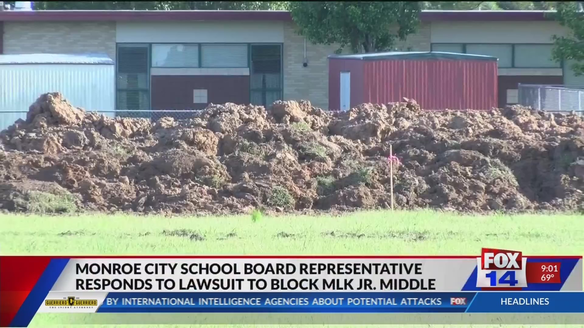 School_board_rep_responds_to_MLK_Middle__0_20190423032201