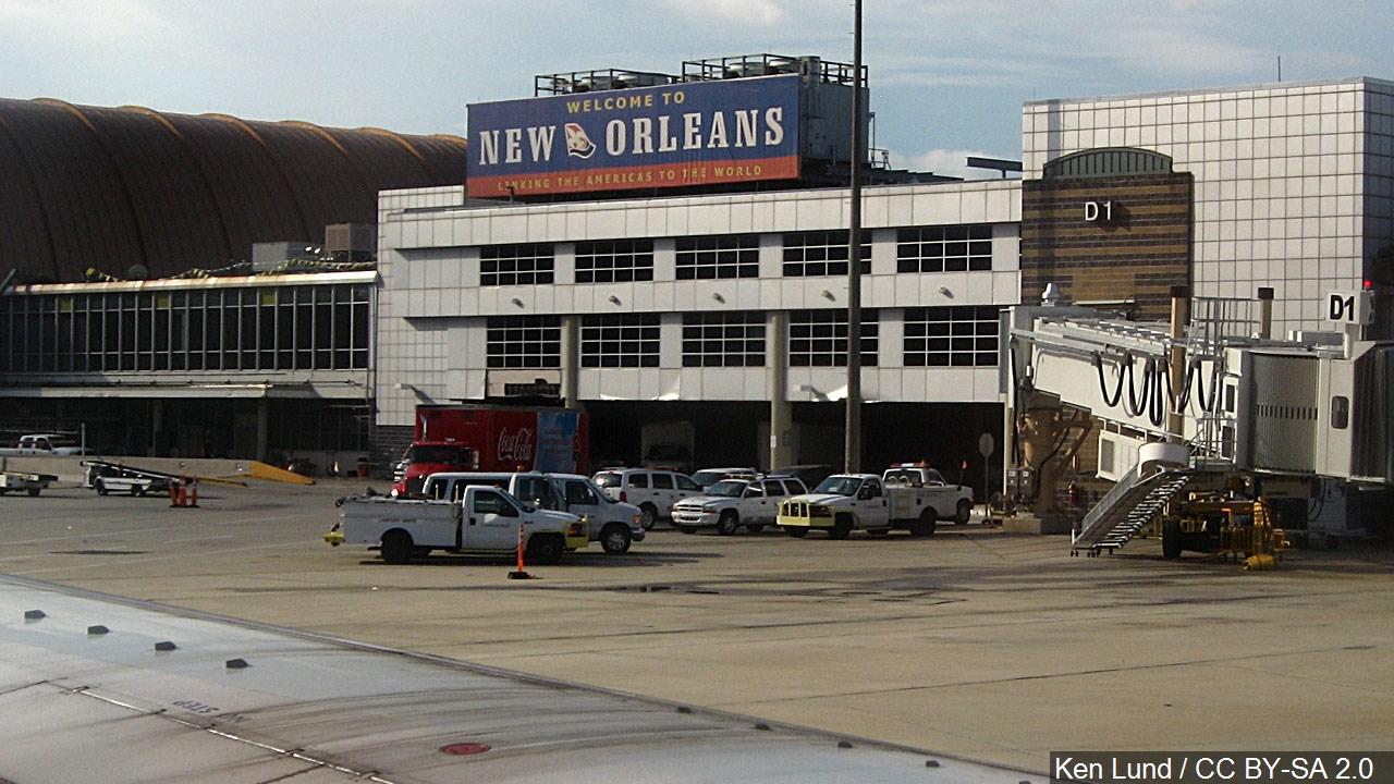 airport nola_1555084139408.jpg.jpg