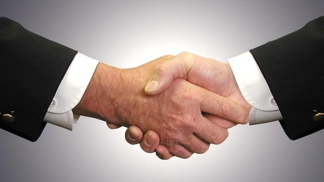 handshake_1556268933444.jpg