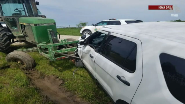 Tractor attack: Man rams sheriff with hay spear