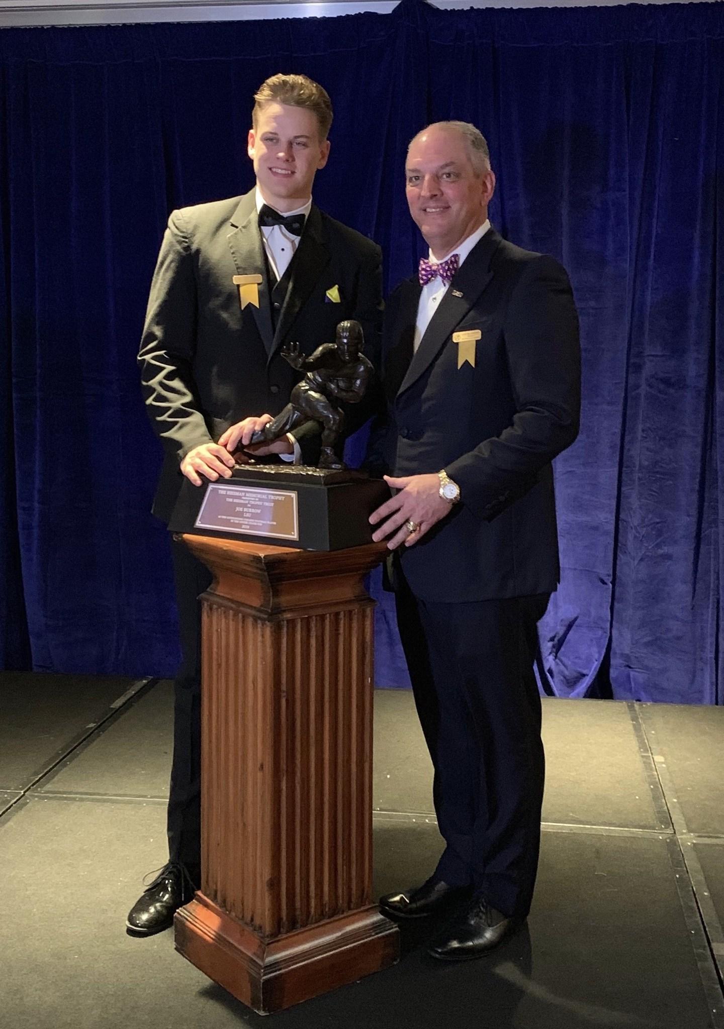New York City gala celebrates Heisman Trophy winner Joe ...
